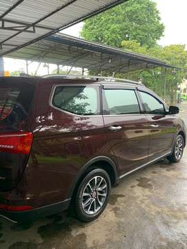 Wuling Cortez Sunroof 1.8 AMT Matic Istimewah