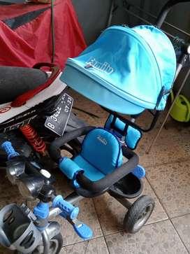 Sepeda anak roda 3 merk family