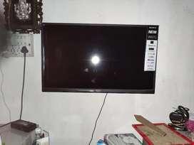 """SONY BRAVIA  NEW W67G 32 """" SMART TV"""