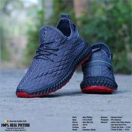Sneaker Pria, size 39-43