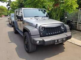 Jeep Wrangler Sport Renegade Plus 3.6 thn 2013