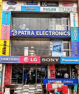 LUCKNOW 900 sqft to 3500 sqft Showroom spaces available on Lease/Rent