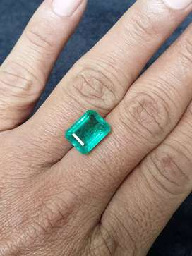 IGI & FGL Certified Big,Clean,Moderate Oil 7.49 Ct EMERALD / ZAMRUD
