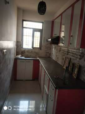 2 bhk 60 gaj flat rent near metro stations car parking 11000 rs nawada