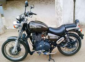 Royal Enfield Thunderbird 9200km excellent condition (FIXED PRICE)