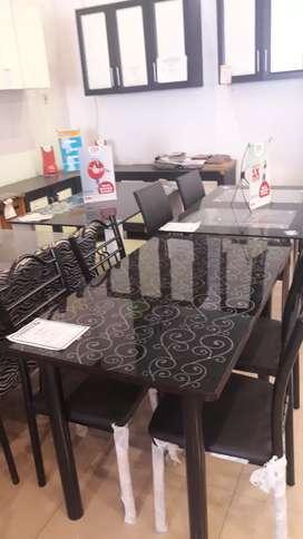 Meja makan evelyn 4 kursi.kredit tanpa DP tanpa bunga