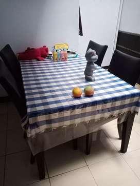 Dijual meja makan kursi 4
