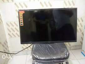 """Smart Led tv 32 """" Sony Brand new imported"""
