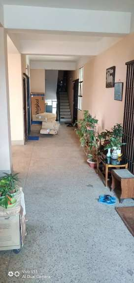 3 Bhk Semi Furnished Flat For Sale