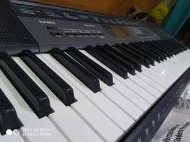 Ckt 2550 Casio piano