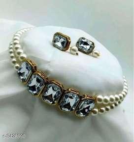 Sizzling  versatile  alloy  women's  jwellery