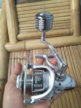 Reel 3000 series Power Handle Kuat