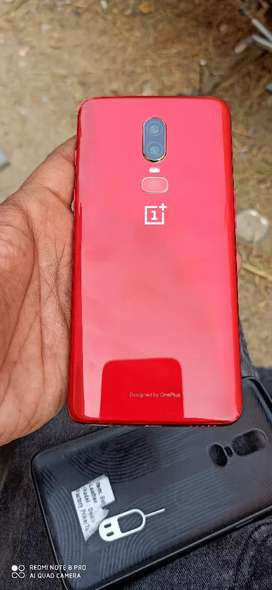 Wanna sell my OnePlus 6 Red color