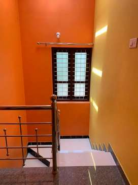 kollam indipendendent house 10 lack 3 bedroom house for lease/rent