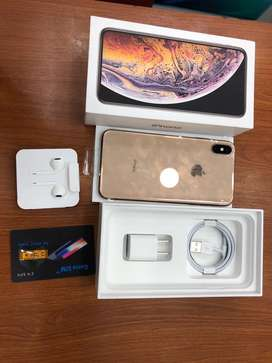 Iphone xs max 64gb gold colour