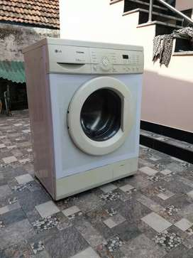 Lg Front Load 6 kg fully automatic washing machine