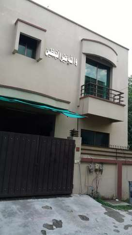 G8/2 Islamabad  House for Rent 2 bead 2 bath D/D