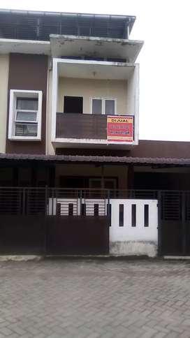 Dijual Rumah Kompleks J-City Elit 3