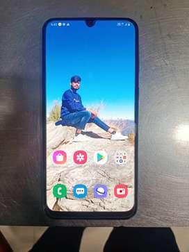 Samsung f41 6/64 gb 1 month old