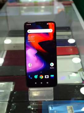 OnePlus 6 8GB 128GB In Good Condition Fully Working