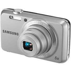 Samsung Es10  camera 10/10 quality good condition with box and cover