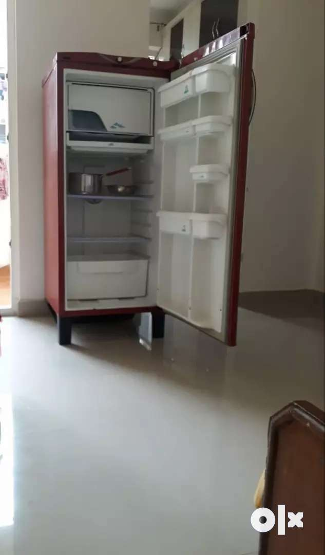 Godrage Refrigrator 0
