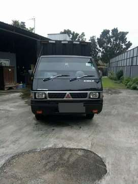 Dijual Mobil Pickup Box Hitam L300 Mitsubishi