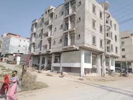 Flat in prime location near Bahria ph. 6 gate