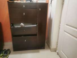 Shoe rack - sleek with drawer