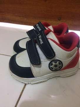 Sepatu baby wang ukuran 5 (umur 6-12)