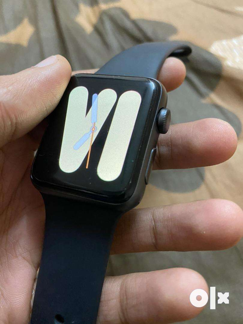 Apple watch series 3 42mm in warranty 0