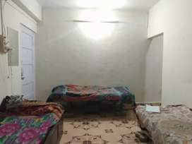 urgently need PG/Flatmate in Versova village without brokerege