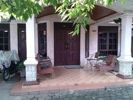 Dijual tanah + rumah kos Utan Kayu Jaktim