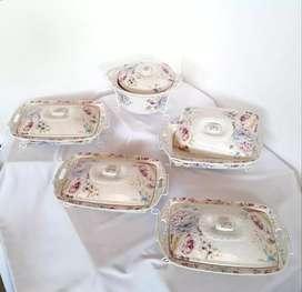 Prasmanan set keramik