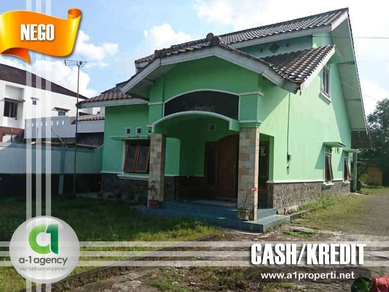 RUMAH Dgn Tanah Luas Dekat JEC Yogyakarta