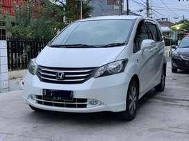 Honda Freed E A/T 2009 PSD Putih Istimewa