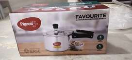 Pegion 3 liters pressure cooker (used less then 1 month)