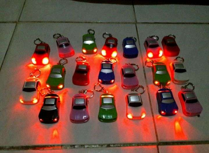 Key Finder 331 Gantungan Kunci Mobil Siul Lampu LED TOB
