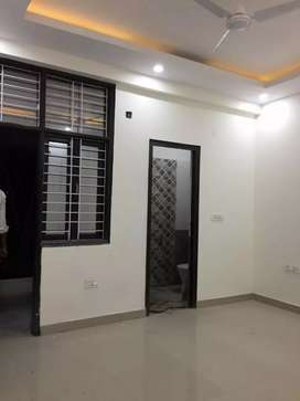 2 bhk  for rent in noida extension 7000
