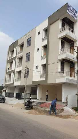 2 Bhk ready to move semi furnished flats at Mansarover