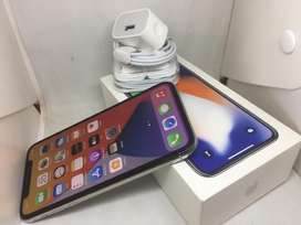 IPHONE X256GB  WITHITE COLOUR WITH WARRANTY
