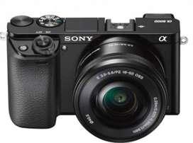 Jual cepat Camera Sony A6000 + lensa Kit + lensa E F1.8 50mm