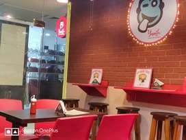 Cook or kitchen staff required for burger cafe