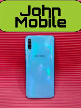 Samsung A70 (6/128) only 5 months used very good condition