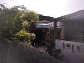 Rumah dan kontrakan dijual murah strategis dekat Mall Puri Indah