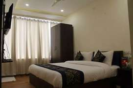 AVAILABLE 14 MARLA IST FLOOR FOR RENT
