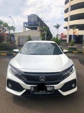 Honda Civic E 2018 HATCHBACK