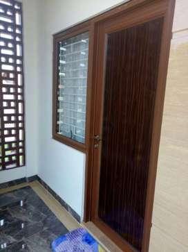 Jual Kusen Aluminium  untuk pintu dan jendela