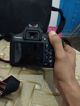 Canon 1500D with 18-55mm lense