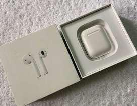 Apple Airpods 2nd Gen (6months old)
